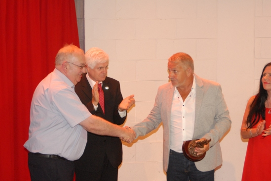 Awarding of prize to Ken Fleming of the ITF